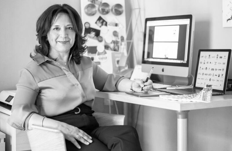 Graphic Designer Isabella Schirripa